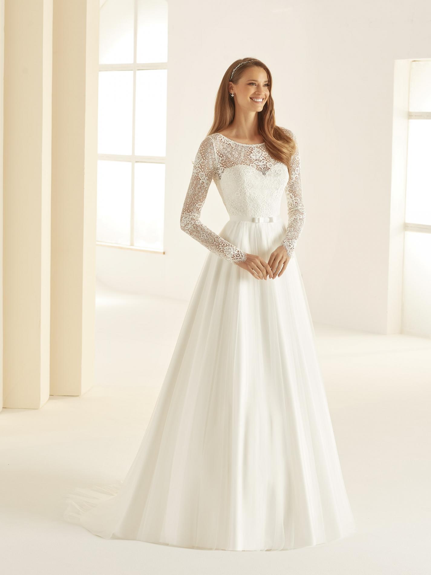 DANIELA-Bianco-Evento-bridal-dress-(1)
