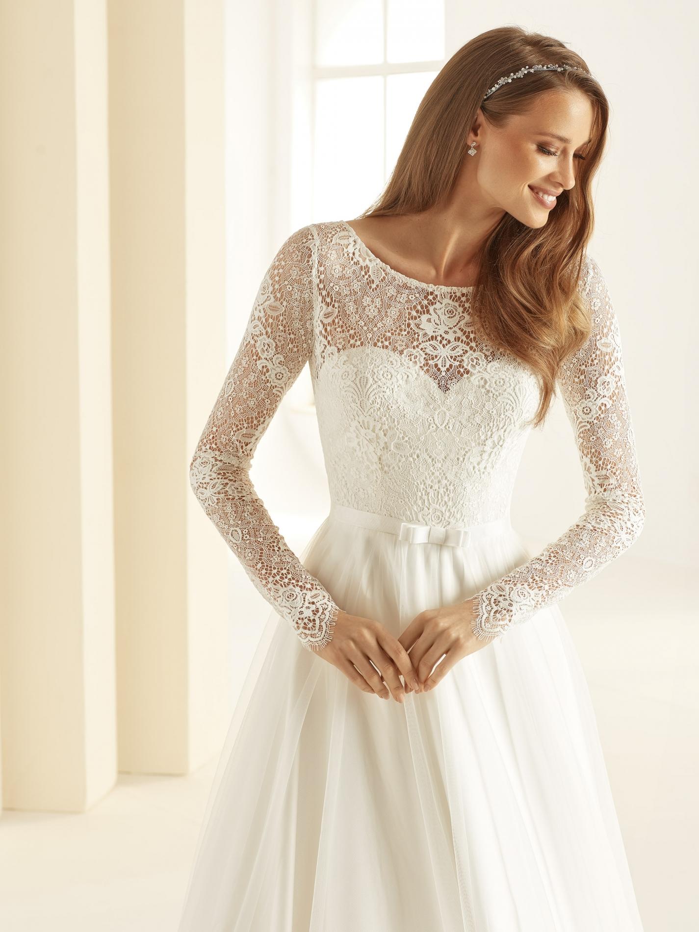 DANIELA-Bianco-Evento-bridal-dress-(2)