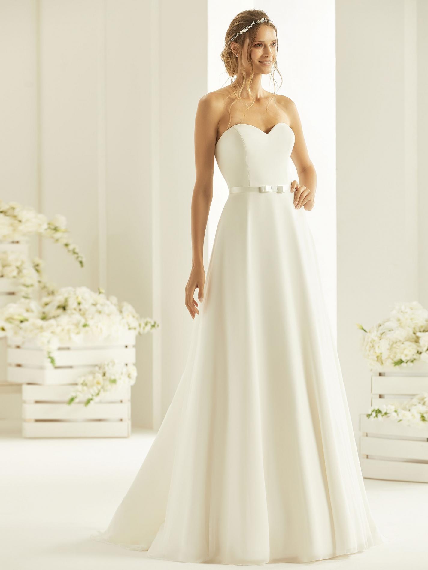 HARMONIA-(1) Bianco-Evento-bridal-dress (1)