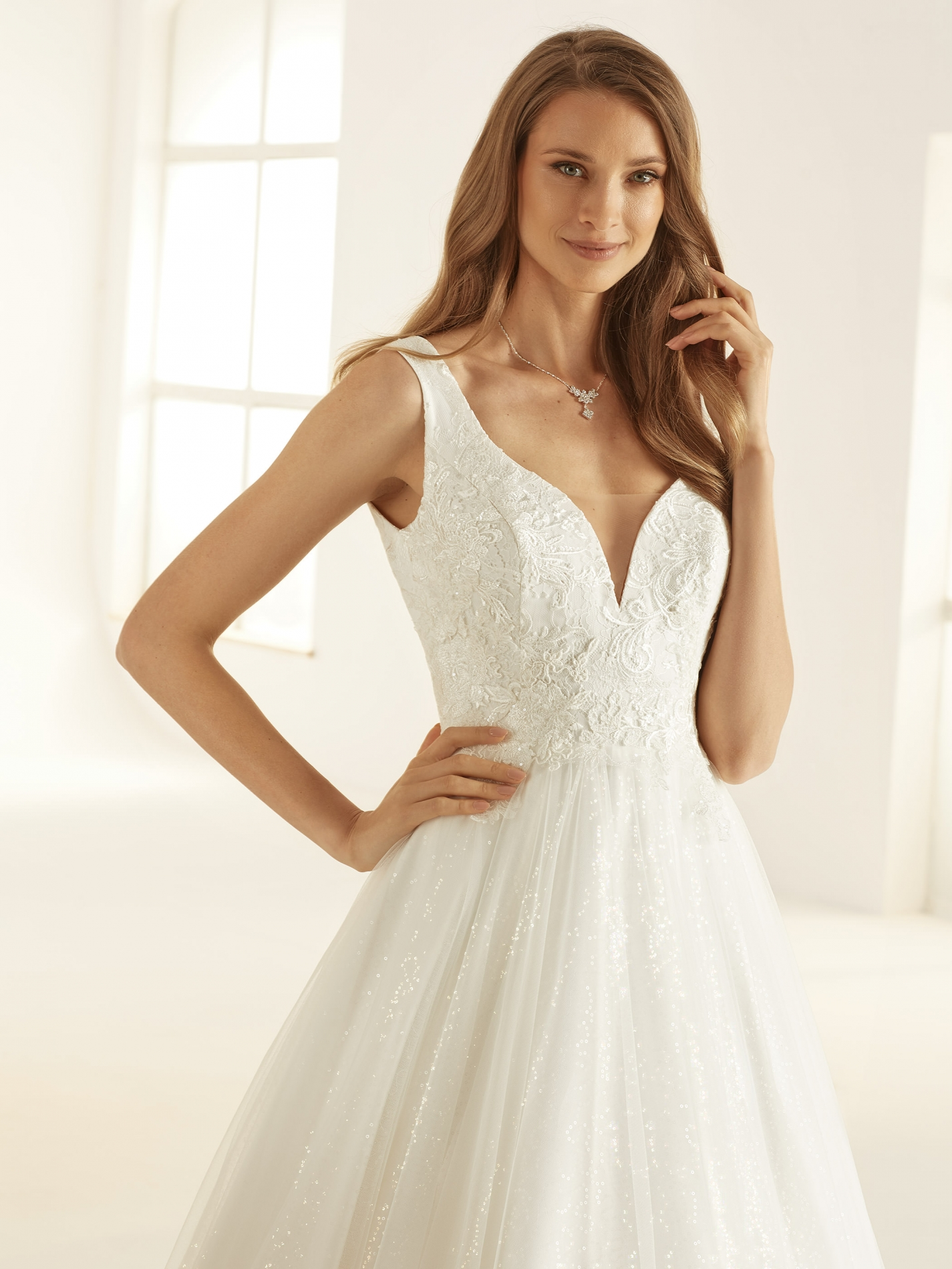 LARISSA-Bianco-Evento-bridal-dress-(2)
