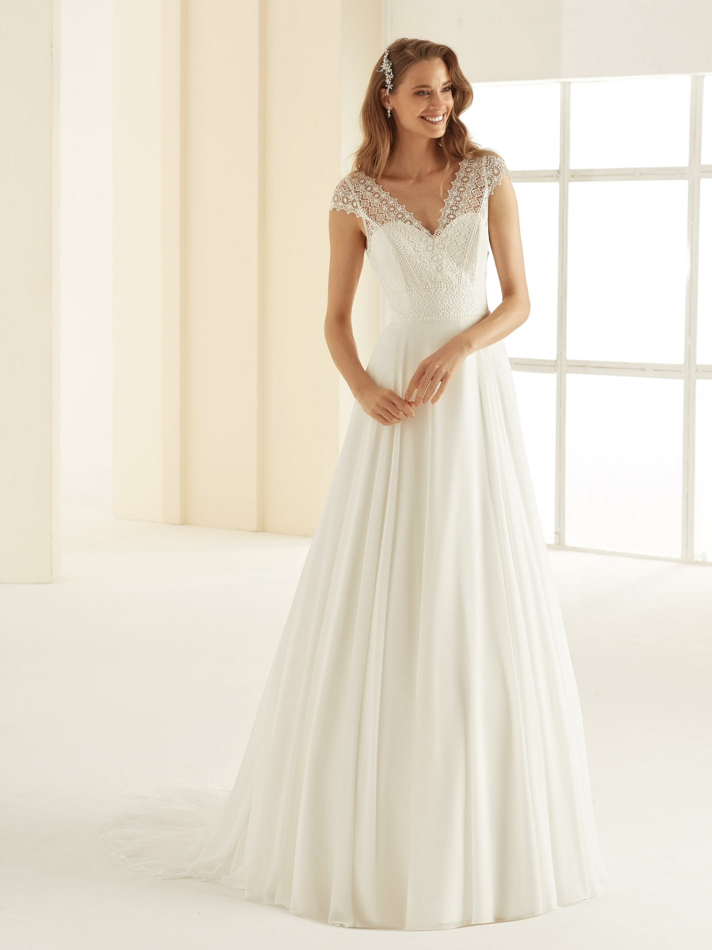 MARGARET-Bianco-Evento-bridal-dress-(1)